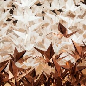 Cientos de grullas cumplen el deseo de la firma SEIKO