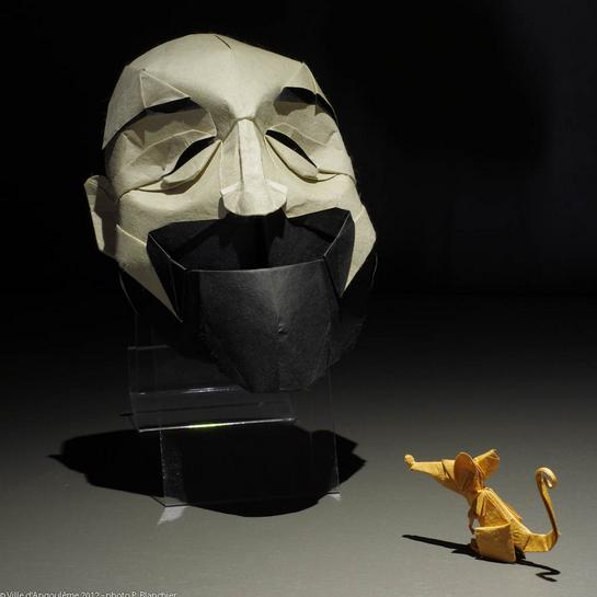 Uno de los mejores escultores del papel, Eric Joisel