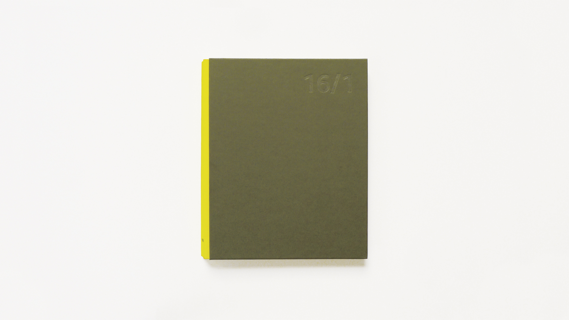 Sánchez/Lacasta participa en 16/1: 16 diseñadores ante el reto de 16 tipos de papel