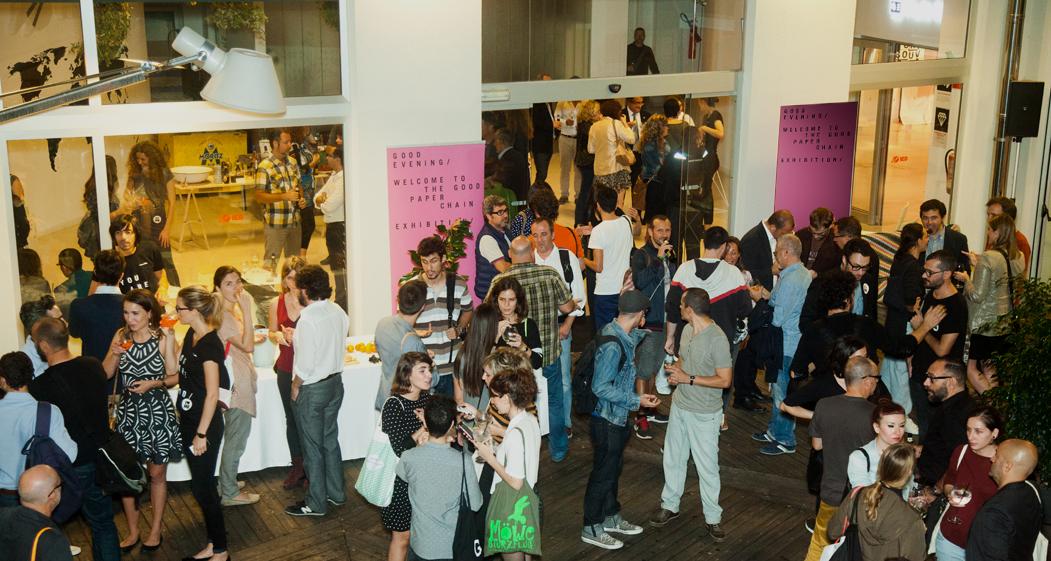 'The Good Paper Chain Exhibition' en Barcelona