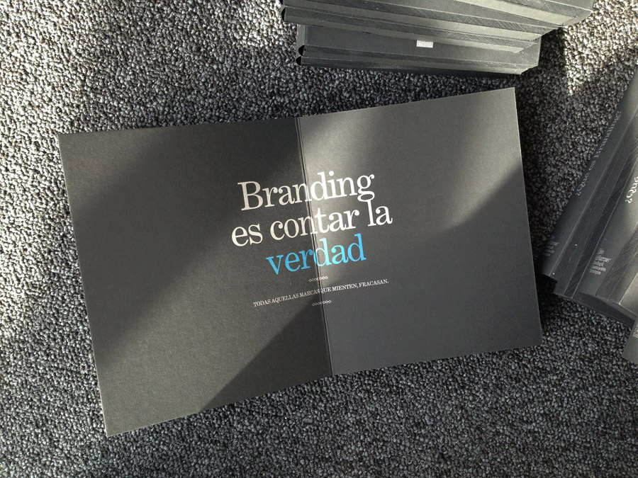 ¿Qué es el branding? La respuesta está sobre el papel Sirio Black Black