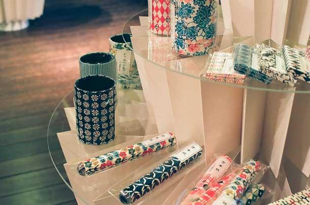 Descubre el mobiliario de papel de miso + s.o.n: kamijiyaDescubra o mobiliário de papel de miso + s.o.n: kamijiya