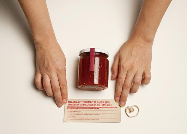 Un ecopack al natural, diseñado por Núria Vila con papeles Fedrigoni