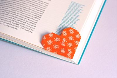 Haz tus propios separadores de libro con origami