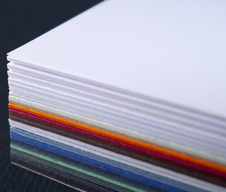 Conoces nuestro 'Paper Selector'? El papel que necesitas a golpe de click!